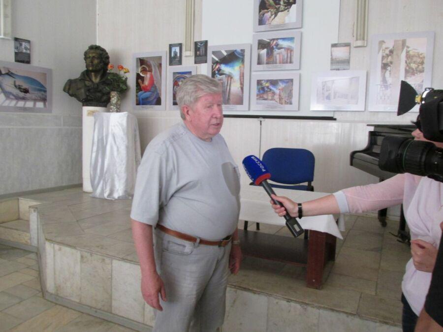 Анатолий Егин
