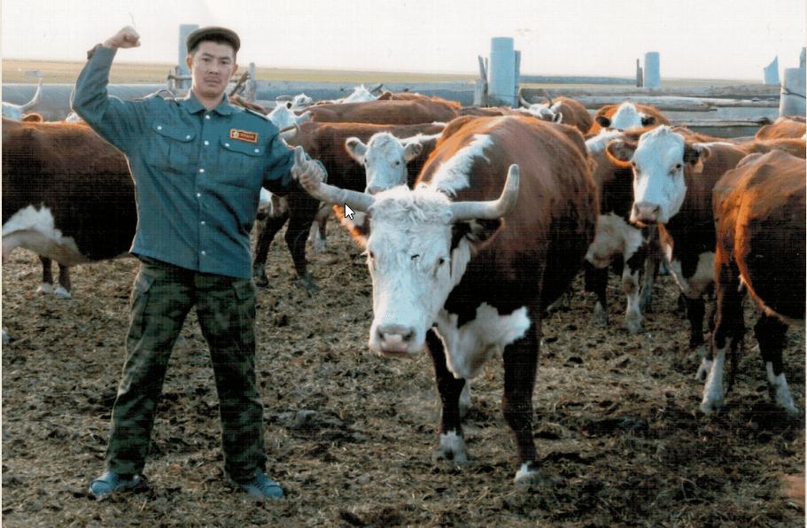 Усугалиева гульсара, 12 лет, п. Красный Октябрь Палласовского района. Белоголовый