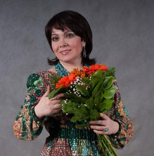 Татьяна ШЕРЕМЕТЕВА, певица, заслуженная артистка России, солистка ансамбля «Вишневый сад»