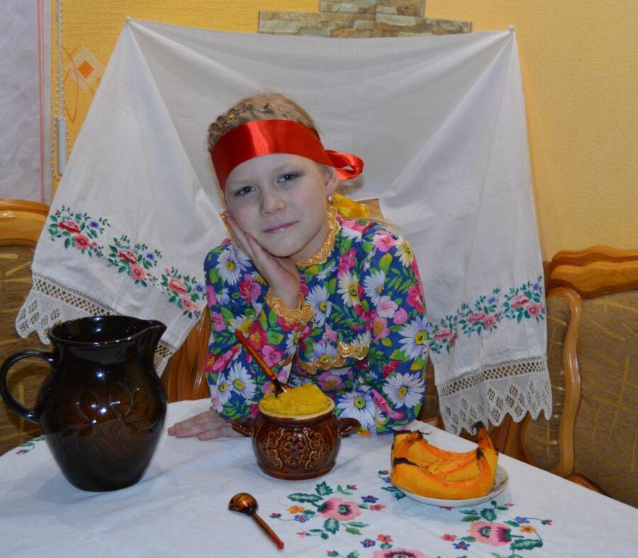 Власова Елена, 33 года, Котельниково. Казачка за обедом