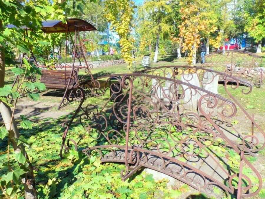 Локтионова Валентина, 62 года, г. Урюпинск. Осень в парке