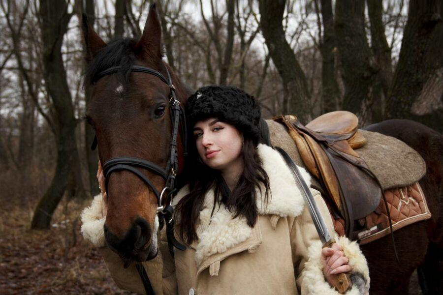 Петухова Анастасия, 26 лет. Михайловка. Не боли, болячка, я - казачка!
