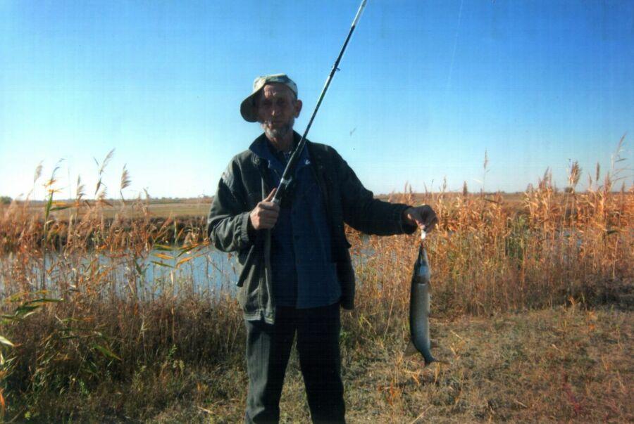Бухарева Алевтина, 64 года, Ленинск. Дары наших озер. Озеро Светлое, Волго-Ахтубинская пойма