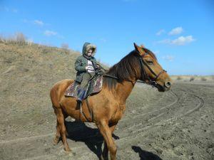 Заворуева Анастасия, 16 лет, Волгоград. На донской кобыле. Обчение детей конной езде в п. Красная Слобода