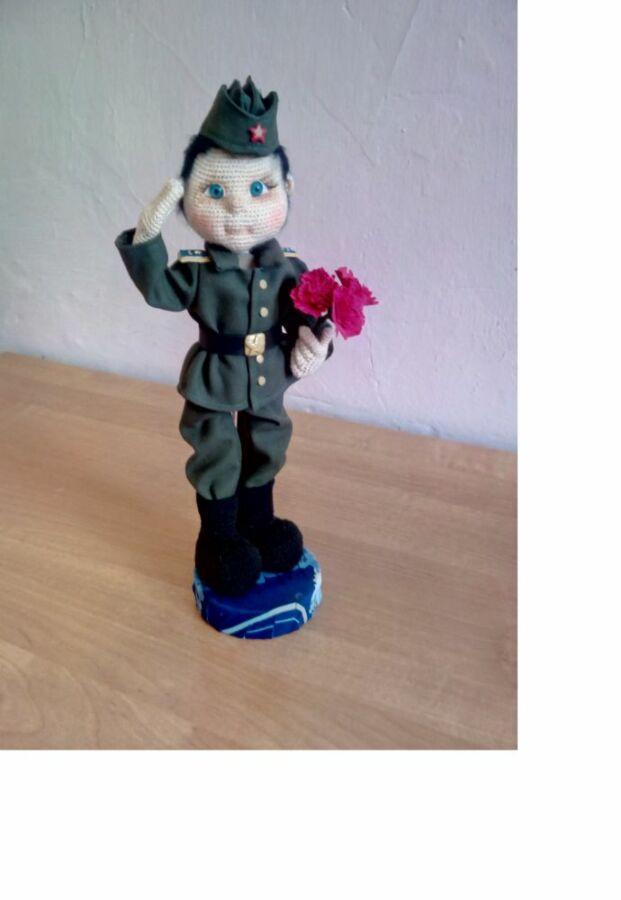 Кривова Екатерина, 37 лет, х. Гурово Ольховского района. Кукла Не угасим огонь памяти